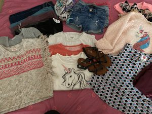 Girl clothes size 7/8!!! Firm $20!!! Pick up only! for Sale in Tolleson, AZ