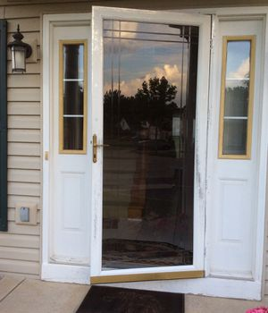 Larson full glass storm door for Sale in West Chicago, IL
