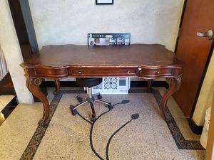 Antique Desk for Sale in Livermore, CA