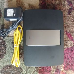 Linksys EA6700 Router for Sale in Carlisle, PA