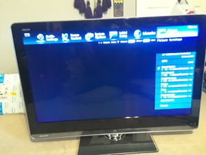 "40"" aquos Sharp tv ( Excellent picture) Remote included for Sale in Fort Washington, MD"