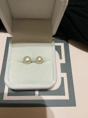 Sterling silver pearl earrings for Sale in Fort Worth, TX
