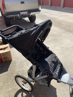 Joovy Zoom 360 jogging stroller with parent handle bar console for Sale in Oceanside, CA