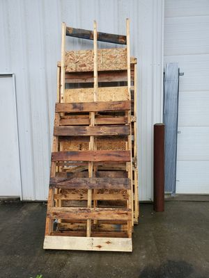 FREE PALLETS for Sale in Manakin-Sabot, VA