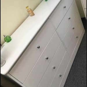 8 Drawer Dresser for Sale in Los Angeles, CA