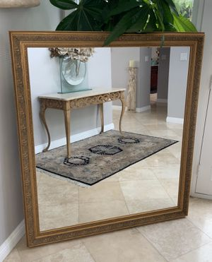 "Beautiful mirror with elegant design,56""x43 well made excellent for Sale in Laguna Niguel, CA"