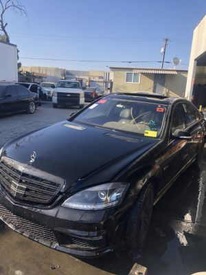 Parting Out! 2008 Mercedes S63 AMG for parts! for Sale in Rialto, CA
