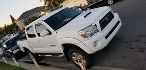 2005 Toyota Tacoma preRunner Double cab for Sale in Garden Grove, CA