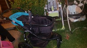 **FREE **Stoller, High Chair, Baby Swing for Sale in Los Angeles, CA