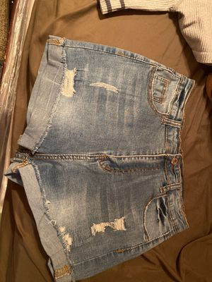 Brand new jean shorts size m for Sale in Industry, CA