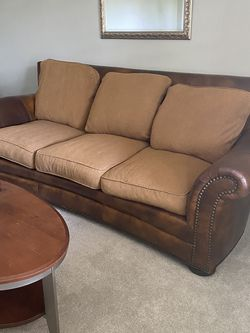 Leather Couch With Fabric Cushions for Sale in Ocoee,  FL