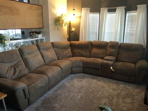 Sectional sofa w/recliners for Sale in Hemet, CA
