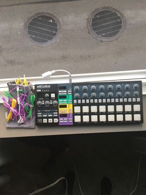 Arturia Beatstep Pro (special black edition) for Sale in Seattle, WA