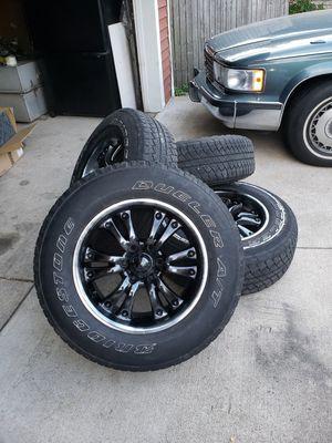 """Bridgestone Dueler A/T size 18"""" p255/70/R18 for Sale in Warren, MI"""