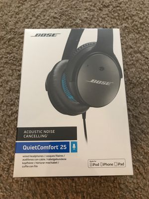 Bose QuietComfort 25 Noise Cancelling Headphones for Sale in San Diego, CA