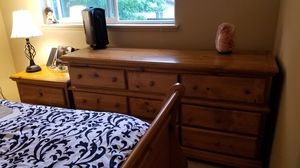 5 piece bedroom suite for Sale in Lakewood, WA