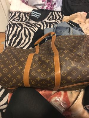 Luv duffle bag for Sale in San Bruno, CA