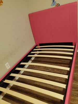 Twin Bed for Sale in Cypress, TX