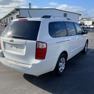 2010 Kia Sedona LX Mini Van for Sale in Kissimmee, FL