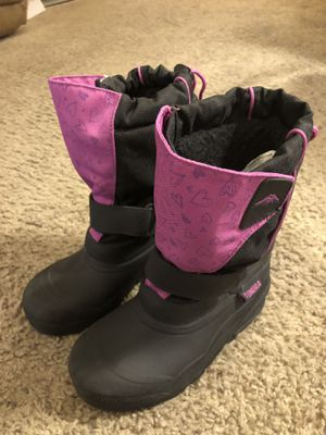 Girls Tundra Snow Boots Size 2 Like New for Sale in Somerdale, NJ