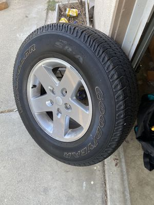 Jeep Wrangler wheels 5x5 good condition for Sale in Riverside, CA