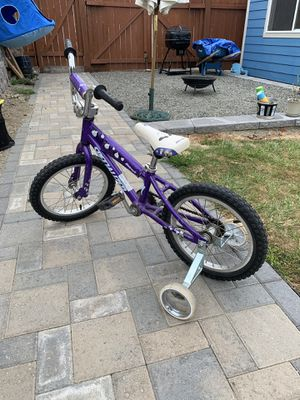 Hotrock bike with training wheels for toddlers! for Sale in Tacoma, WA