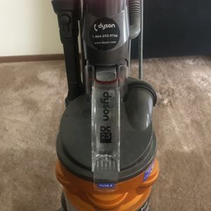 DYSON Ball Vacuum for Sale in CA, US