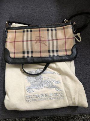 Authentic Burberry crossbody for Sale in Chula Vista, CA