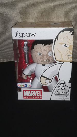 COLLECTABLE JIGSAW MARVEL UNIVERSE TOYS R US EXCLUSIVE MIGHTY MUGGS NEW IN BOX for Sale in Providence, RI
