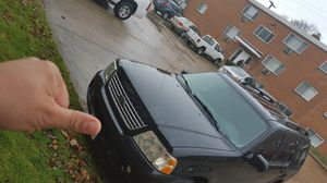 2004 ford Explorer lxt full 4×4 for Sale in Cleveland, OH