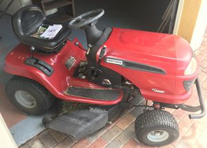 Lawn tractor for Sale in Miramar, FL