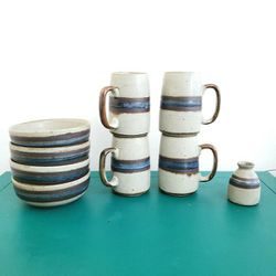 Set of 9 pieces of 1980's Otagiri Horizon ceramics, 4 Grandmugs, 4 cereal bowls, and small vase for Sale in Gaithersburg,  MD