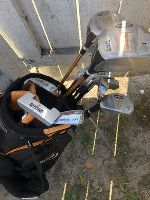 Full set of golf clubs with bag and balls for Sale in Los Angeles, CA