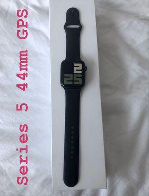 Apple Watch Series 5 44mm GPS for Sale in Jersey City, NJ