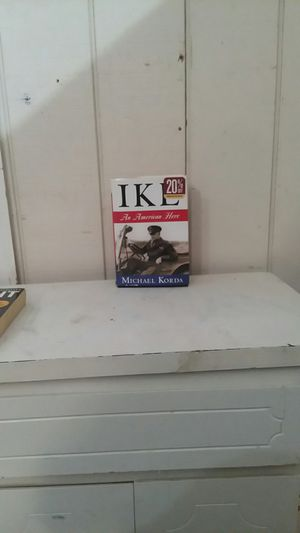 IKE The American Hero by Michael Korda for Sale in Swainsboro, GA