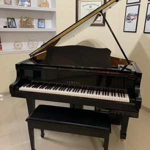 C2 Yamaha Grand Piano for Sale in Boca Raton, FL