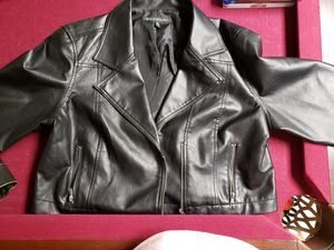 New leather coat for Sale in East St. Louis, IL