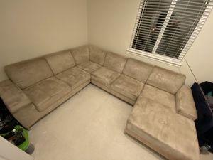 FREE Sectional sofa for Sale in Renton, WA