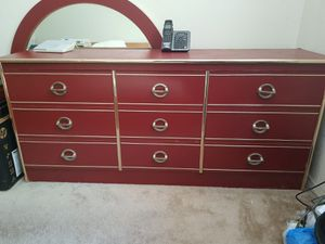 Burgandy bedroom set for Sale in Lawndale, CA