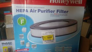 Honeywell HEPA air purifier filter for Sale in Riverside, CA