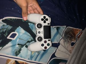 Ps4 controller it dont charge for Sale in Queens, NY