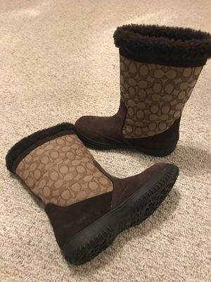 Coach Snow Boots size 9 fleece lined for Sale in Hanover, MD