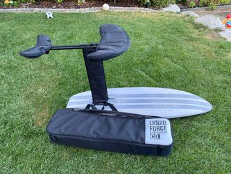 Liquid Force impulse carbon kite / wake / surf foil for Sale in Bellevue,  WA