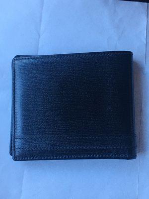 Gucci wallet for Sale in Laguna Beach, CA