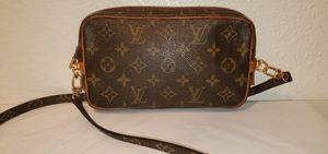 Authentic Louis Vuitton Marly Dragonne PM Crossbody for Sale in Los Angeles, CA