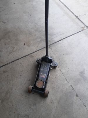 Craftsman 3 tons FLOOR jack for Sale in Stockton, CA