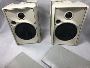Speakercraft OE5-one outdoor speakers (Pair) for Sale in Tampa, FL