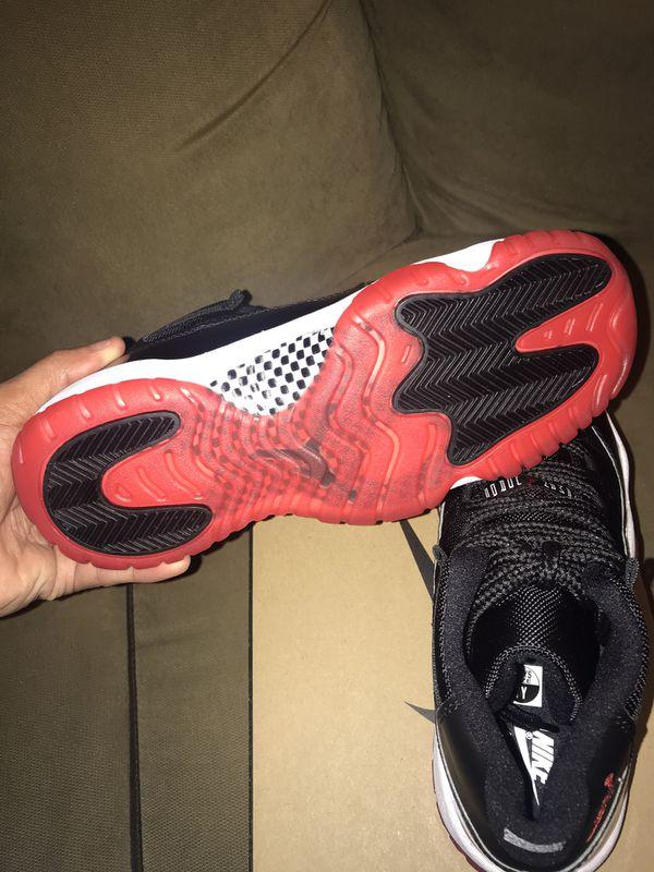 Air Jordan bred 11 (2019) size 7y