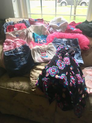 4-6 little girls clothes for Sale in Blackwood, NJ