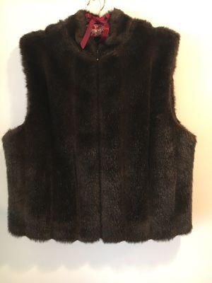 Brown Preston & York Faux Fur Vest Size Large for Sale in Fort Washington, MD